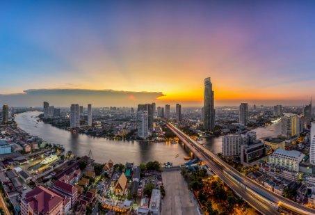Dve tváre Thajska: Dovolenka v Thajsku na pláži alebo v rušnom Bangkoku?