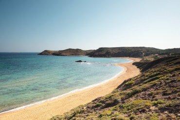 Menorka fotka pobrežia