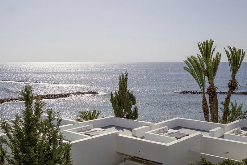 Dovolenka Cyprus hotel Almyra
