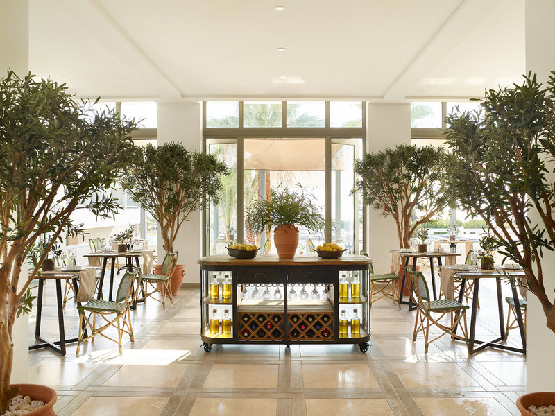 Lux Me Dama Dama hotel stánok s olivovým olejom